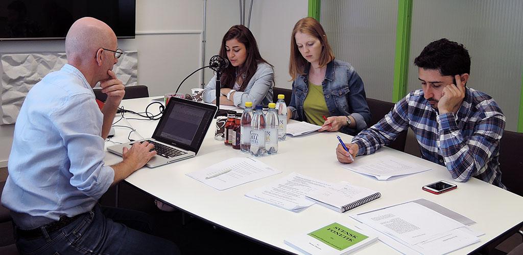 Självbildarnas uttalskurs för människor med invandrarbakgrund ska sänka personalomsättning i Sverige